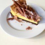 linecký kakaový korpus, citrónovo - žĺtková pena, čokoládové hobliny , 130 g, 2,40 Eur/ks